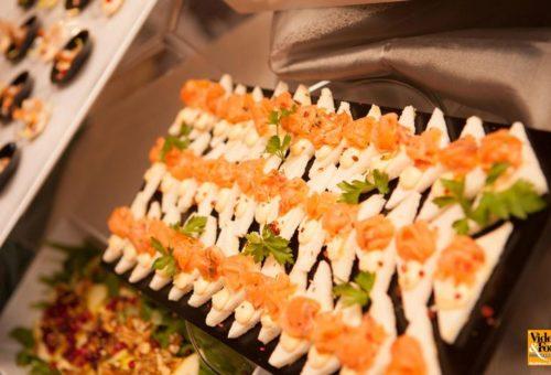 Piccole tartine al salmone