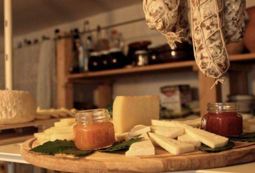 Tagliere di formaggi A-tipico